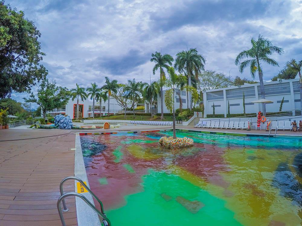 Fotos de piscinas perfect scivu beach with fotos de - Fotos de piscinas intex ...